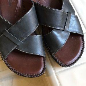 Auditions black cross-strap sandals